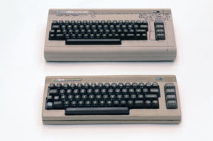comparison top view gzslig 300x199 - THE64 - Der Commodore64-Phönix