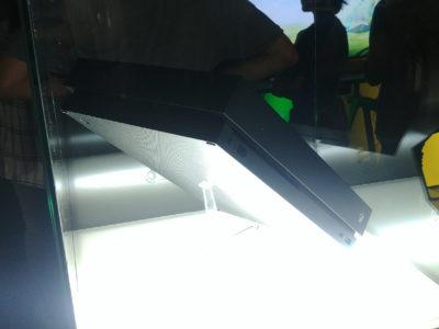 Die Xbox One X, Microsofts heiliger Gral, gewinnt meiner Meinung nach keinen Designpreis.