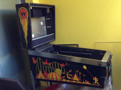 cab1 400x300 - DIY Arcade Teil 2 - Der echt unechte Flipper